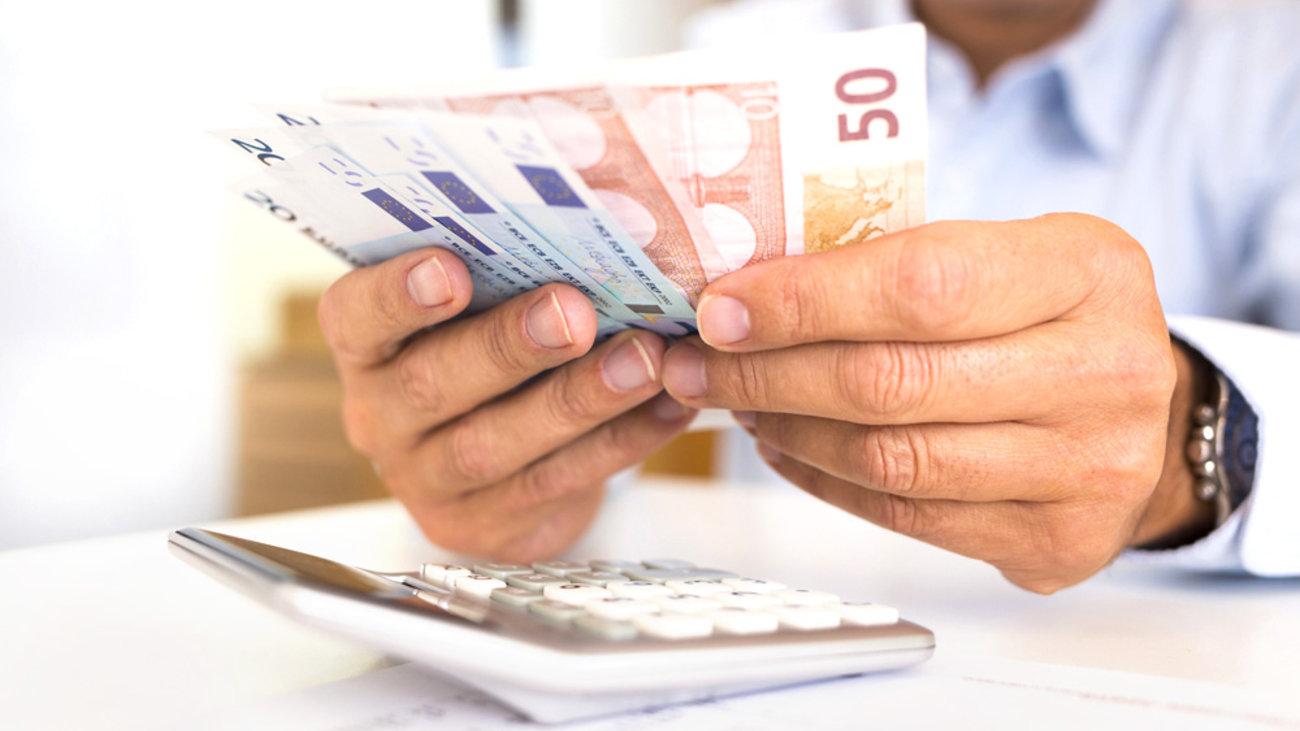 Το σχέδιο για πληρωμή φόρων σε 12 δόσεις για όλους