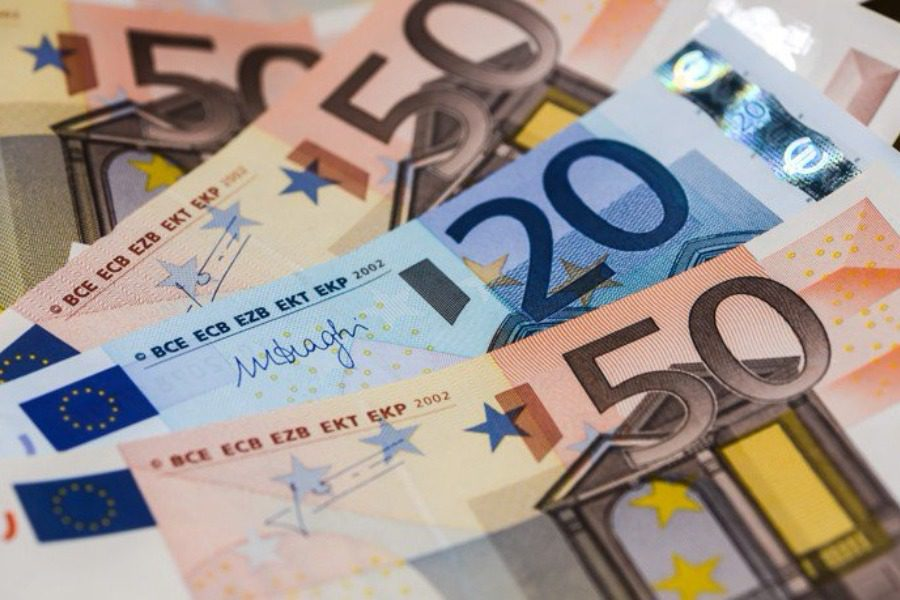 Νέα ρύθμιση χρεών με δόσεις -Για χρέη μισθωτών, συνταξιούχων έως 5.000 ευρώ